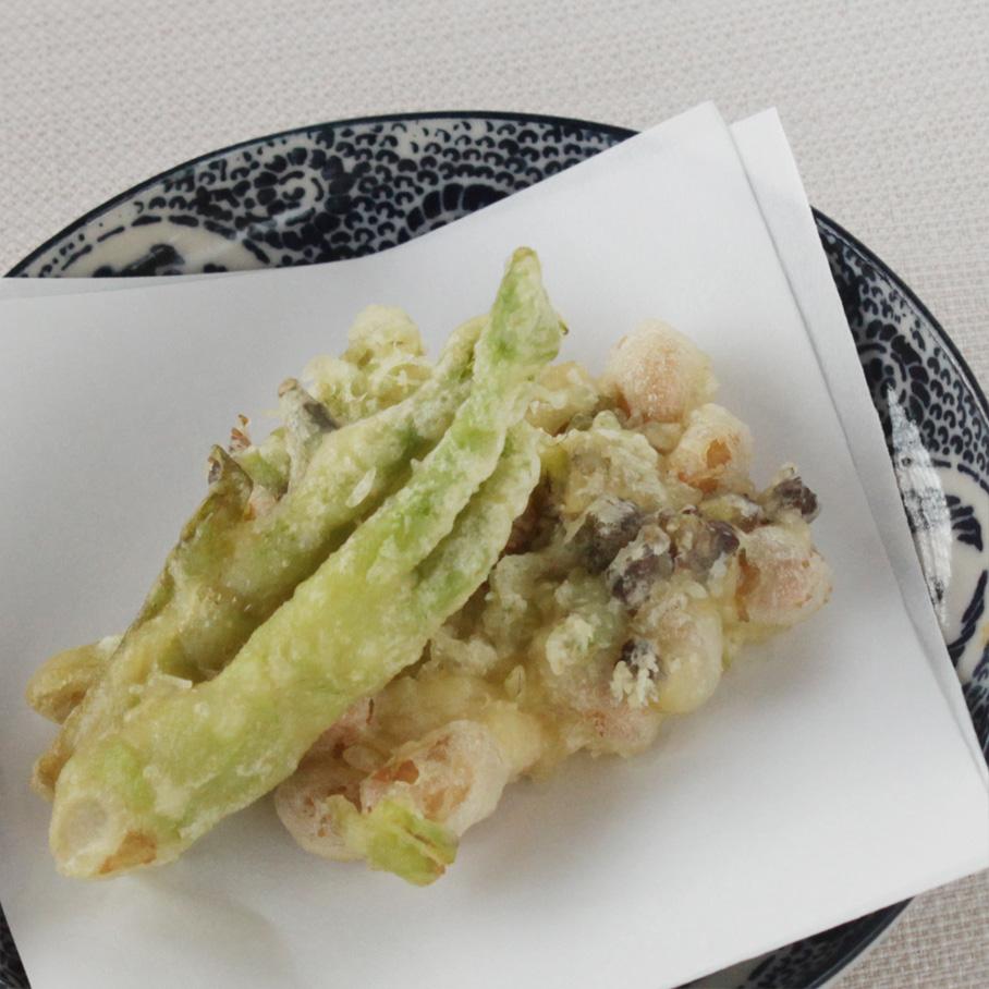 山菜と大豆の天ぷら
