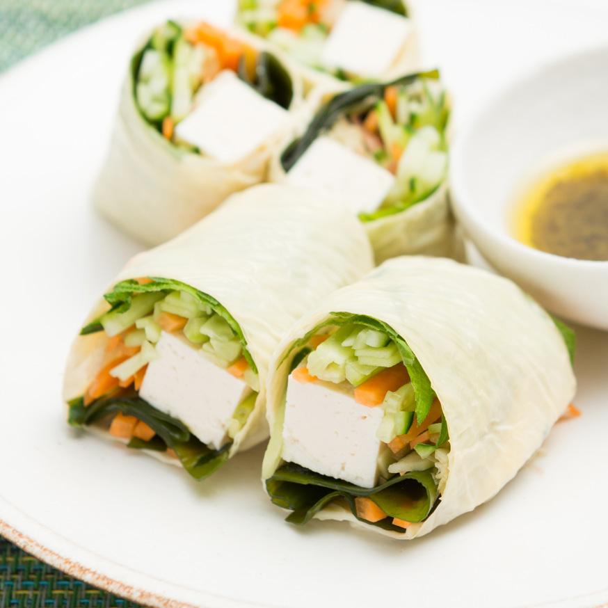 豆腐と野菜の湯葉巻き