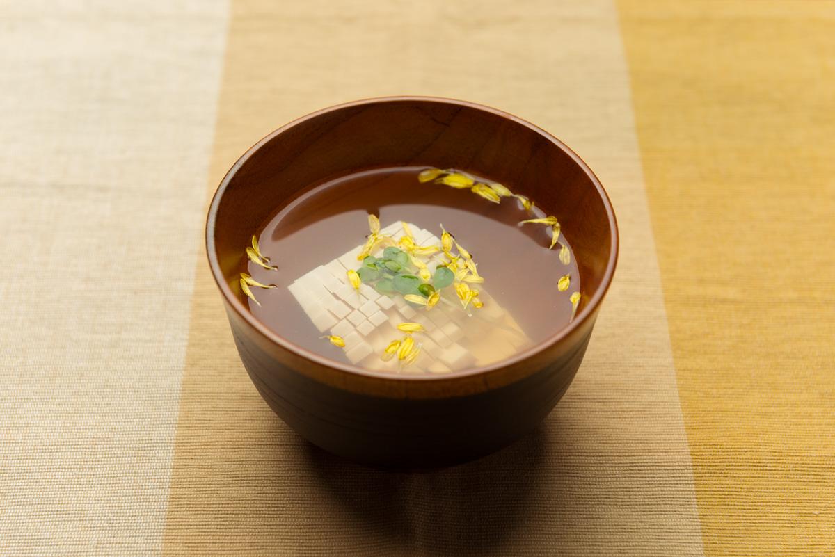 菊花豆腐のすまし汁