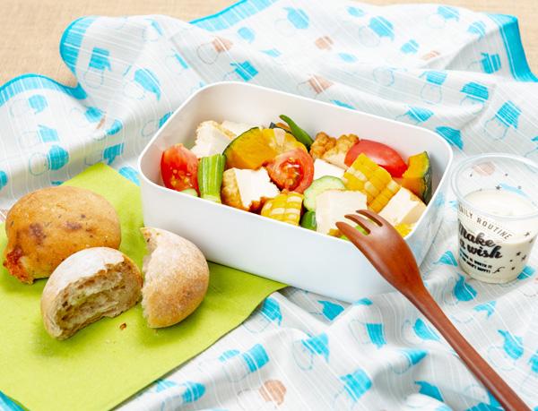 夏野菜のキューブサラダ